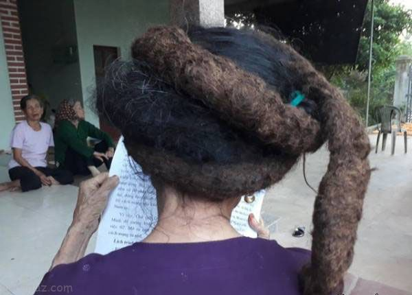 موهای عجیب و غریب پیرزن 81 ساله+تصاویر