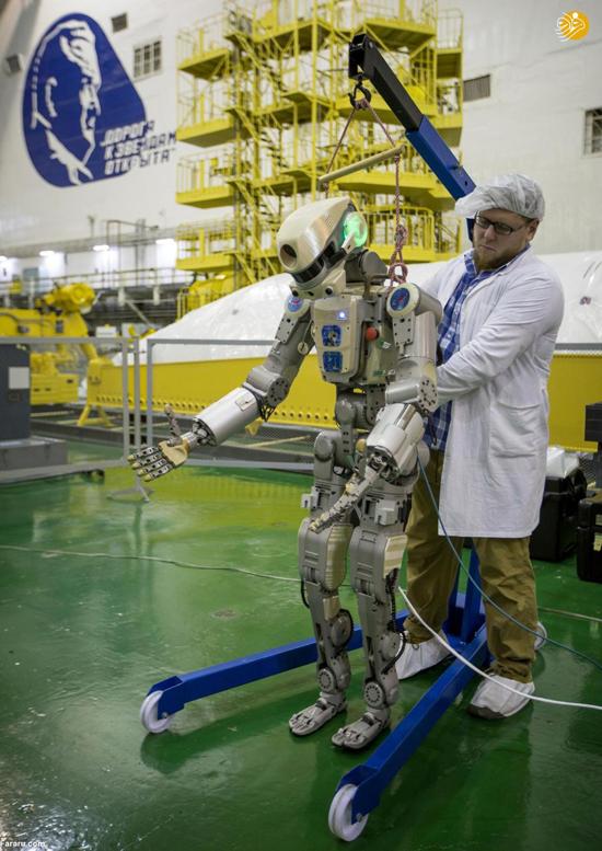 ربات انساننما عازم فضا شد