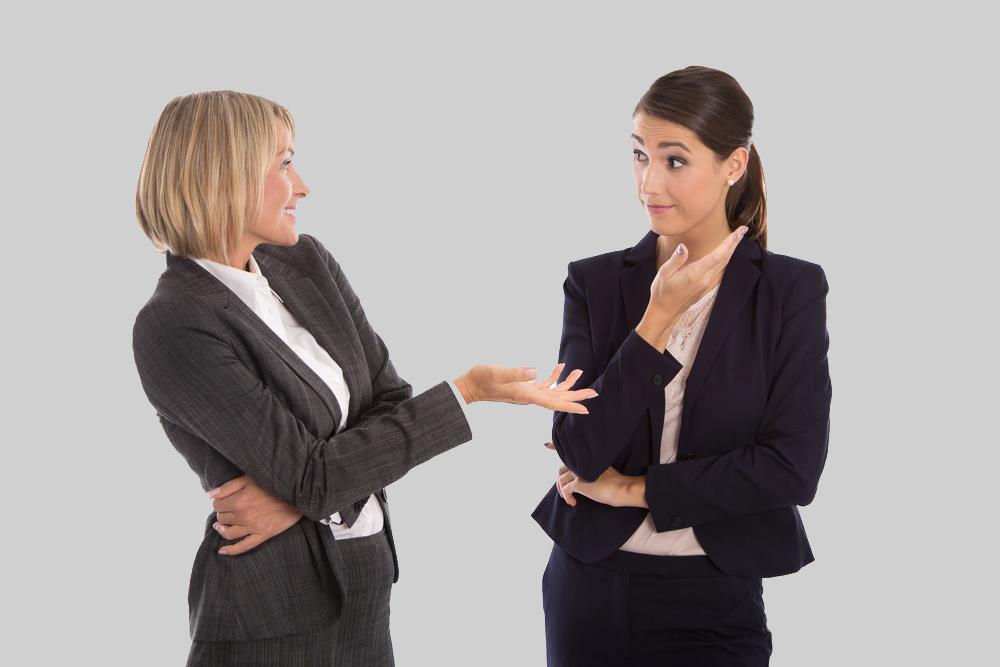 اشتباهات رایج در  زبان بدن