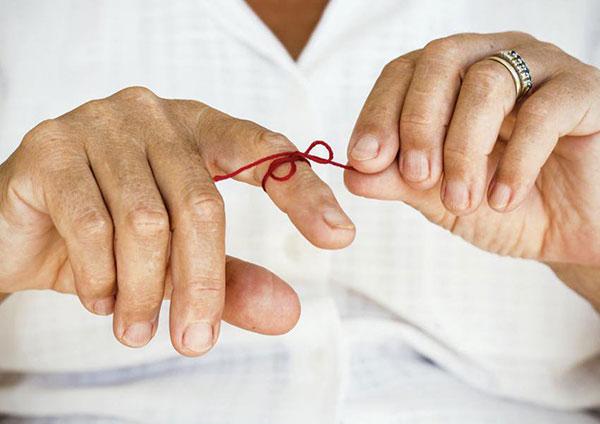 آلزایمر؛ نشانهها، درمان و راههای پیشگیری