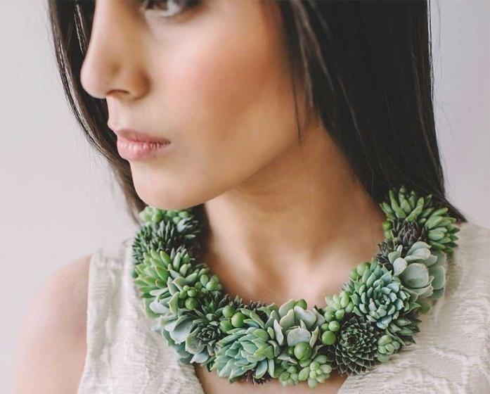 جواهراتی از جنس گیاه که روی بدن شما رشد میکنند