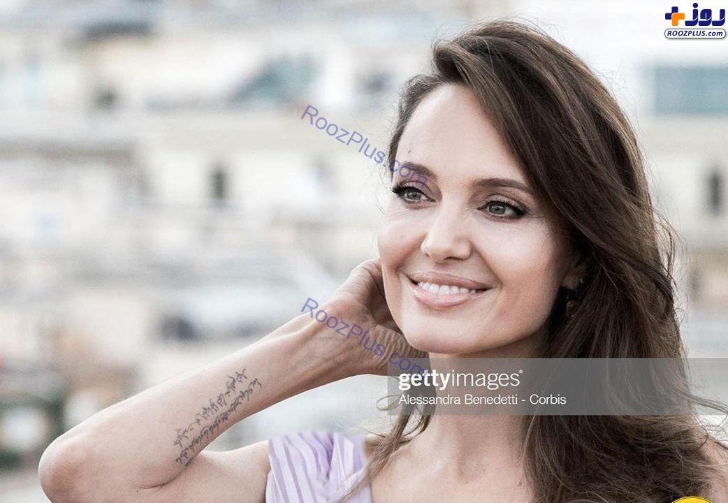 خالکوبی که آنجلینا جولی به زبان فارسی روی دستش زده است+عکس