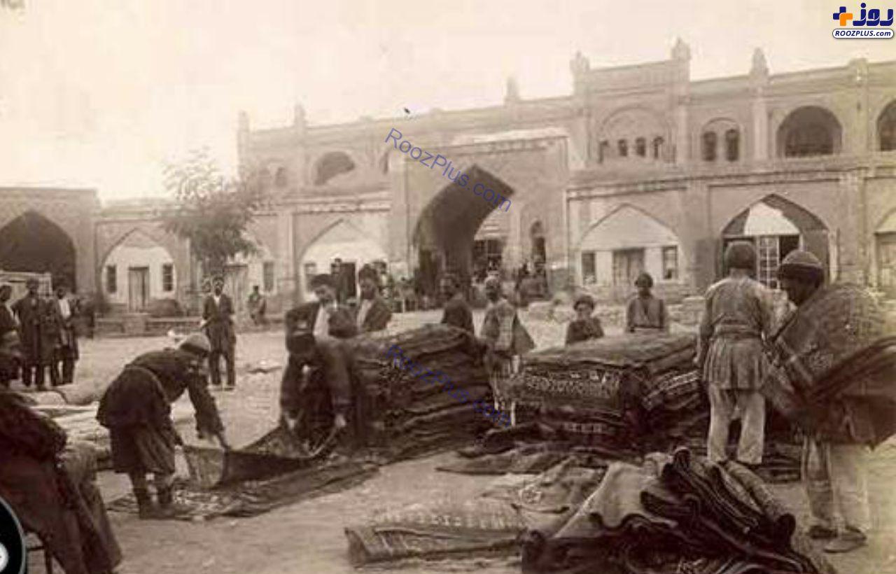 تصویری قدیمی از بازار فرش در شهر گنجه آذربایجان
