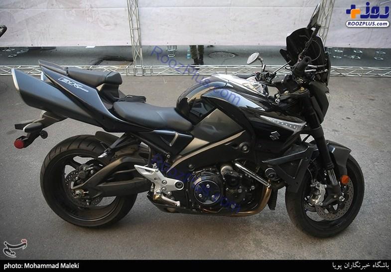 توقیف موتورسیکلت چند صد میلیونی در نازیآباد +عکس