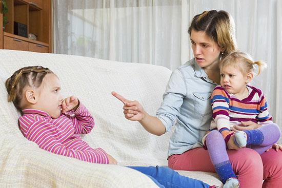 «والدین هلیکوپتری» نباشید!