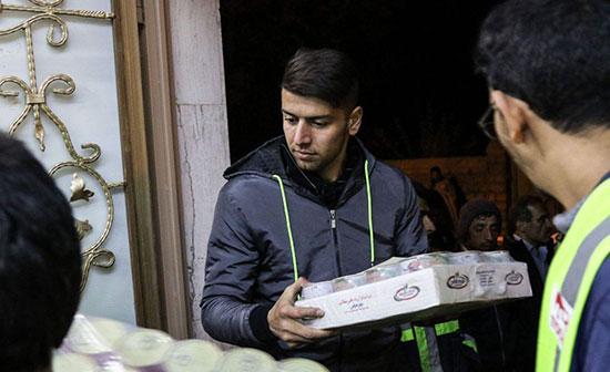 کمکرسانی باشگاه تراکتورسازی به زلزلهزدگان