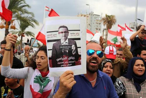 از نمایشگاه خودرو توکیو تا اعتراضات لبنان