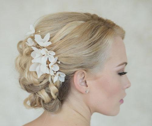 نمونه هایی از آرایش موی عروس با گیره مو