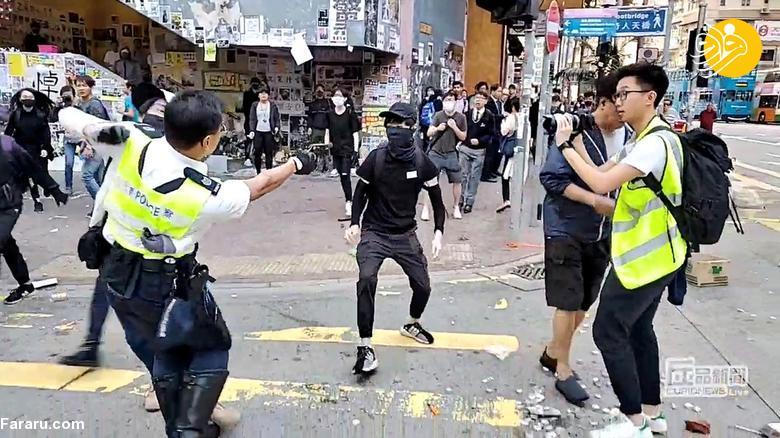 شلیک پلیس هنگ کنگ به یک معترض از فاصله نزدیک + عکس