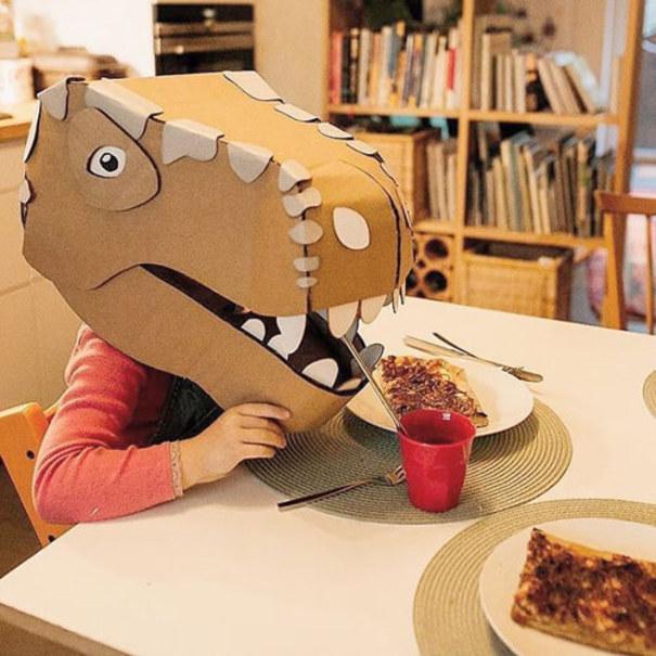 ابتکار جالب مادر خانواده برای سرگرم کردن کودکانش +تصاویر