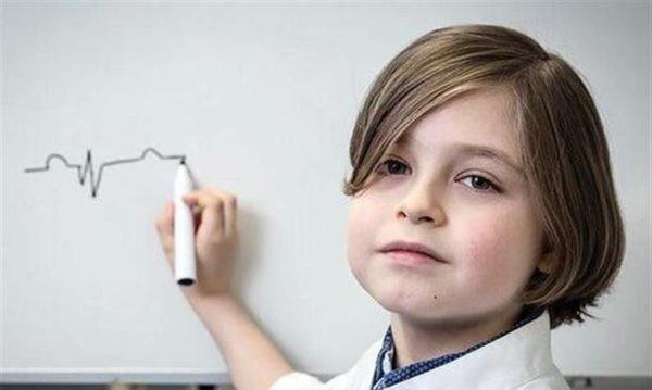 اعجوبه ۹ ساله، جوانترین فارغ التحصیل دانشگاهی جهان