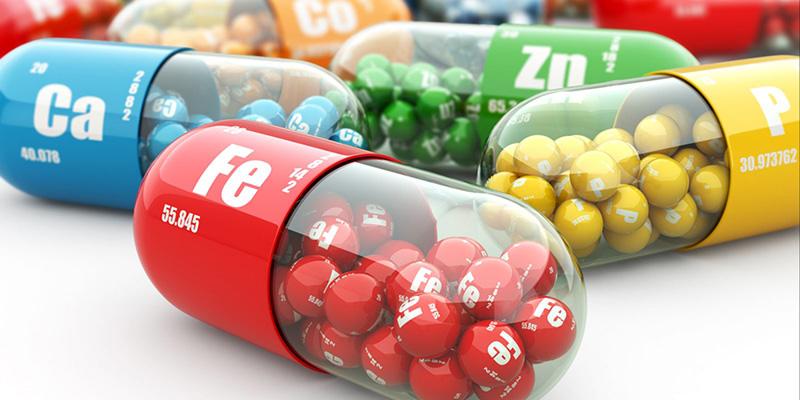 چه کسی نخستین بار پی به وجود ویتامینها برد؟
