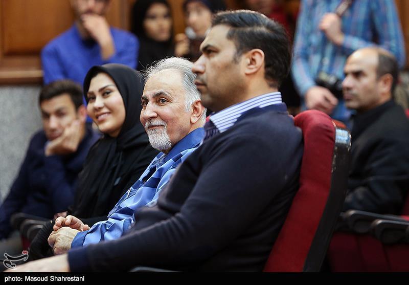 این زن وکیل محمد علی نجفی است+عکس