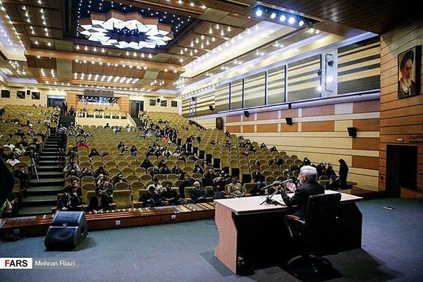 سخنرانی سعید جلیلی برای صندلیهای خالی+عکس