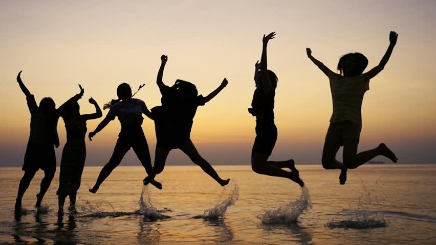 انواع مختلف خوشحالی؛ از هیجان تا عشق