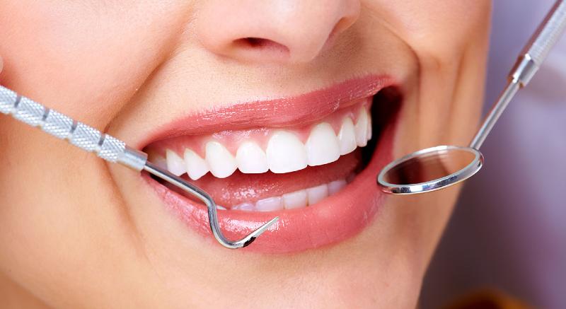 سالی چندبارباید دندانهایمان را جرمگیری کنیم؟