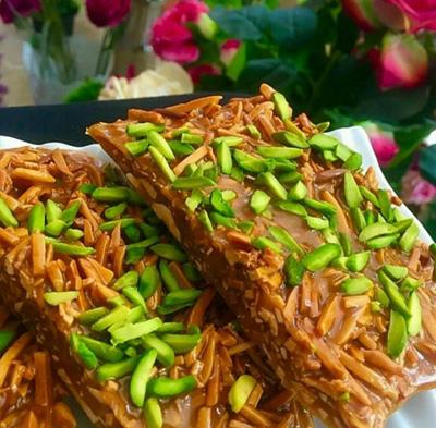 سوهان عسلی، آبنبات خوشمزه آجیلی