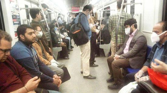 تصویری از ازدحام جمعیت در متروی تهران