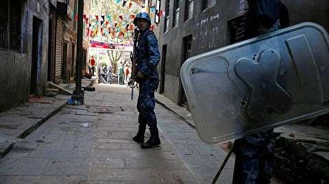 اختراع خنده دار پلیس نپال برای بازداشت افراد در بحران کرونا