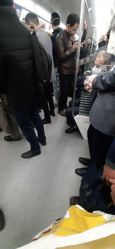 ازدحام شهروندان در متروی تهران+عکس