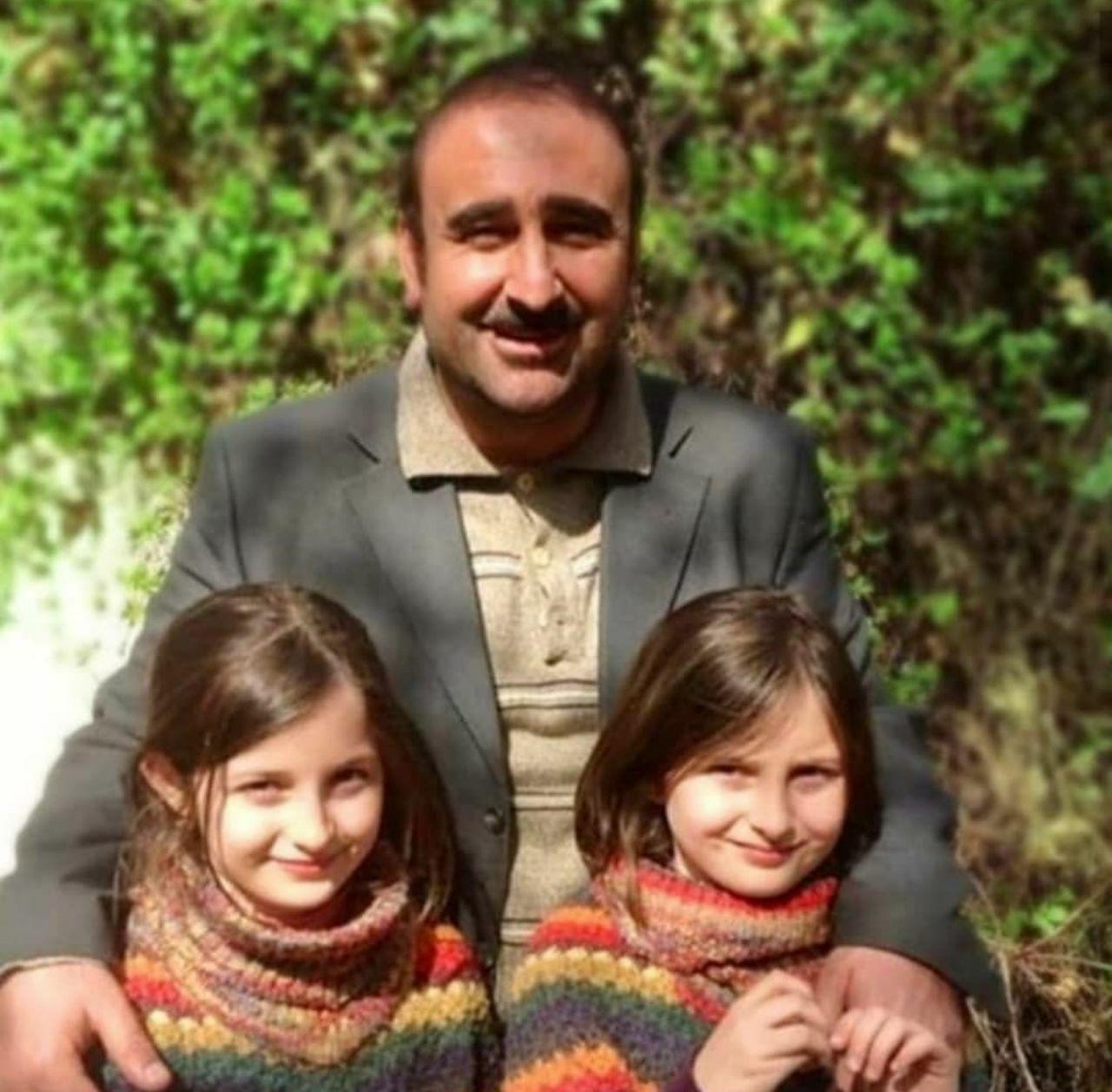 بازیگر نقش بهبود در کنار دوقلوهای سریال پایتخت +عکس