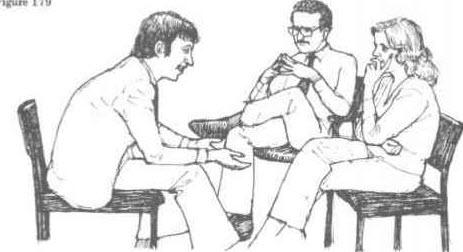 آیا میدانستید که انداختن دست یا پا به صورت ضربدری روی هم، میتواند برای افزایش کارایی مغز مفید باشد؟