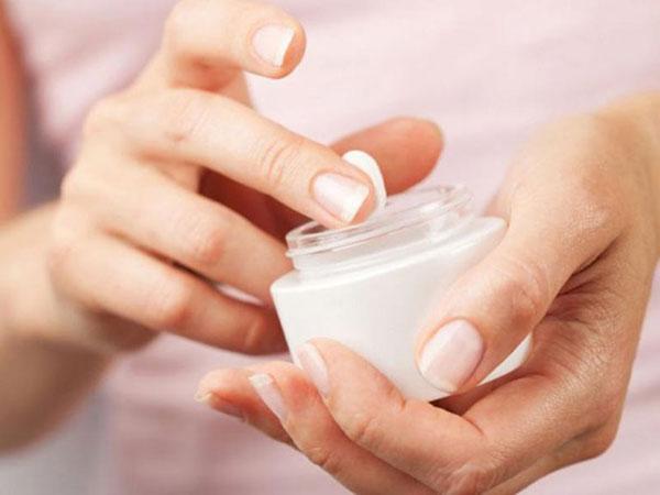 10 روش خانگی برای سفید و محکم شدن ناخنهای دست و پا