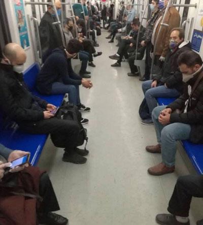 فاصلهگذاریِ متمدنانه در مترو؛ این مردمِ نازنین