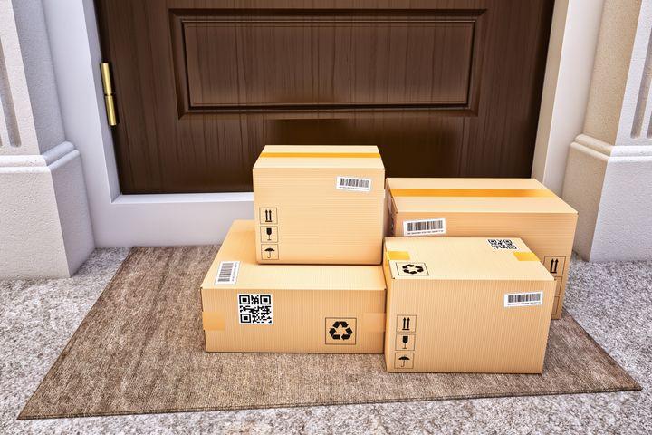 آیا باید بستههای پستی و خریدهای مواد غذایی روزانه را ضدعفونی کنیم؟