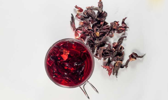 مزایای شگفتانگیز چای هیبیسکوس برای سلامتی
