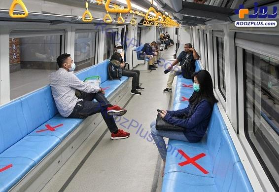 تعیین فاصله اجتماعی در مترو +عکس