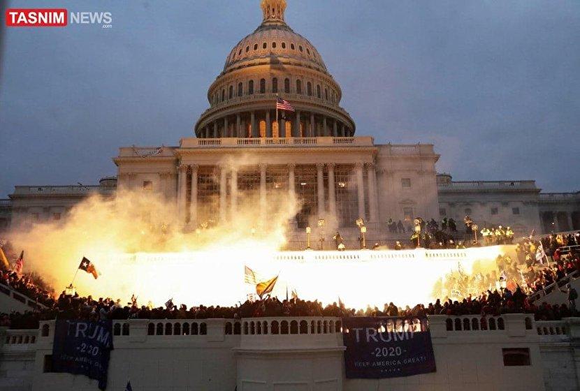 آتش بازی هواداران ترامپ در ساختمان کنگره +عکس