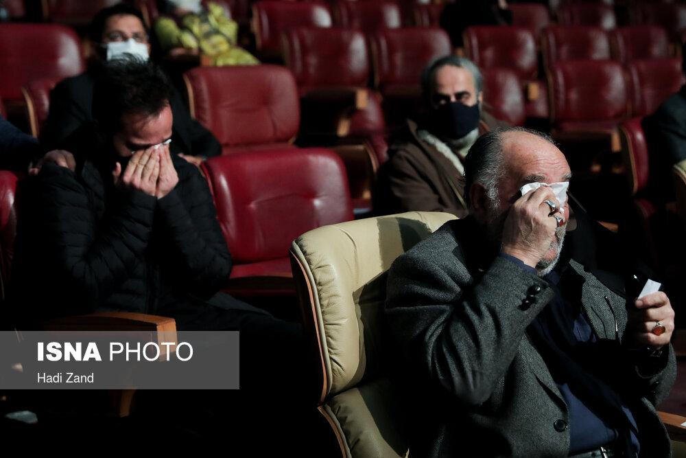 اشک های بازیگر نقش مالک اشتر برای حاج قاسم + عکس