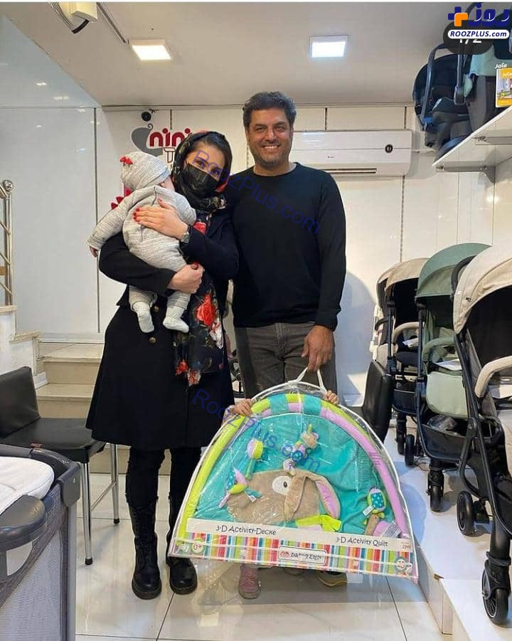 سام درخشانی و همسر و فرزندانش در حال خرید+عکس