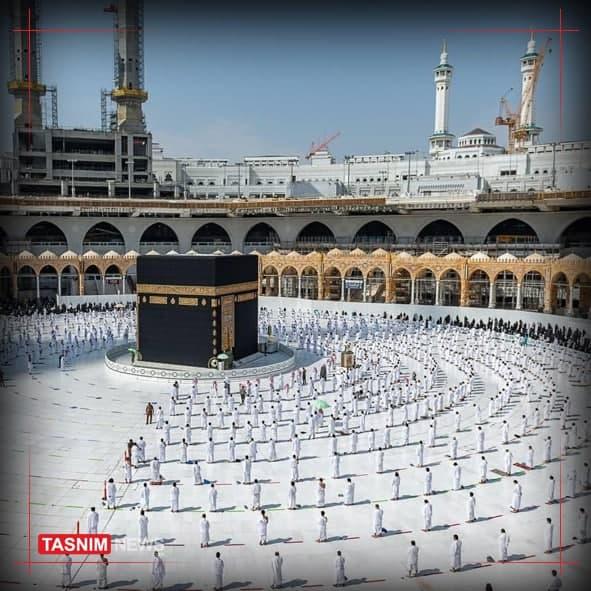 طواف در مسجدالحرام با فاصلهگذاری اجتماعی +عکس
