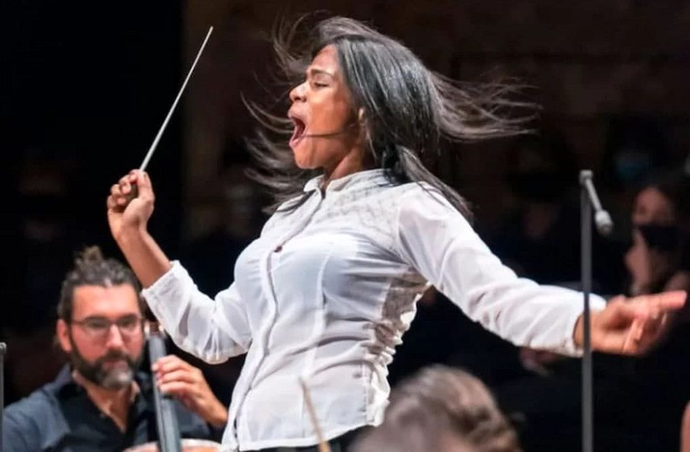 دختر میوهفروشی که رهبر ارکستر شد/ ماجرای شگفتانگیز مارکانو ۲۴ ساله