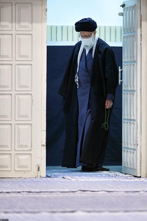 عزاداری شهادت حضرت زهرا (س) با حضور رهبری +عکس