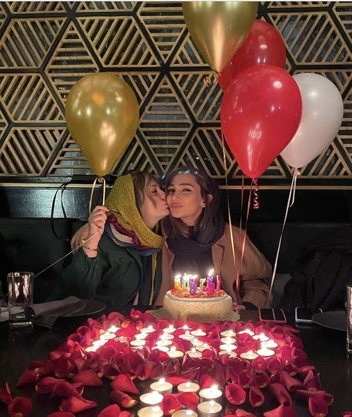 تیپ نیوشا ضیغمی در جشن تولد خواهرش+عکس