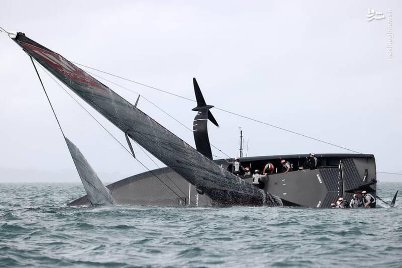 واژگونی قایق در مسابقات+عکس