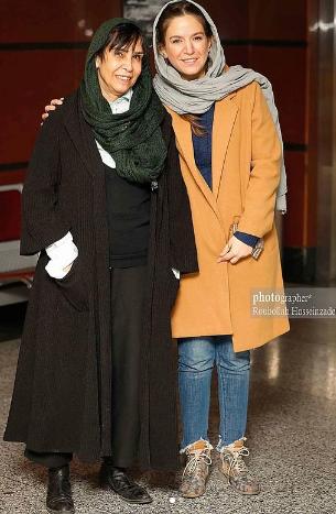 ستاره پسیانی و مادرش در اکران مردمی جشنواره فجر+عکس