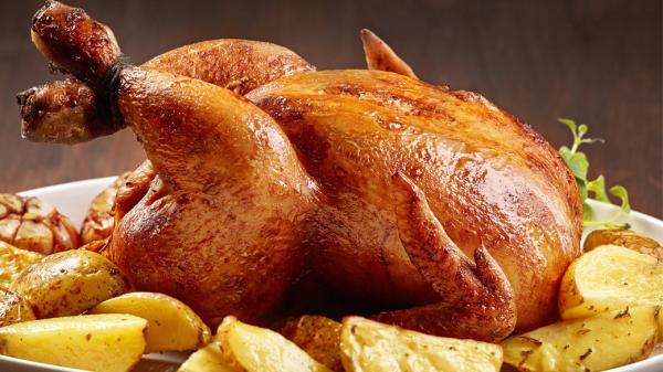 طرز تهیه مرغ شکم پر در فر و بدون فر مجلسی