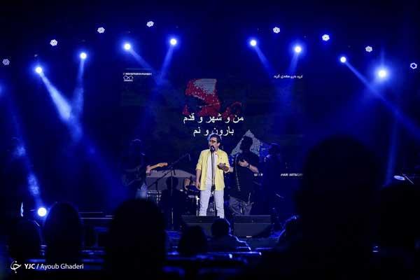 تصاویری از کنسرت «محسن ابراهیمزاده» در کیش