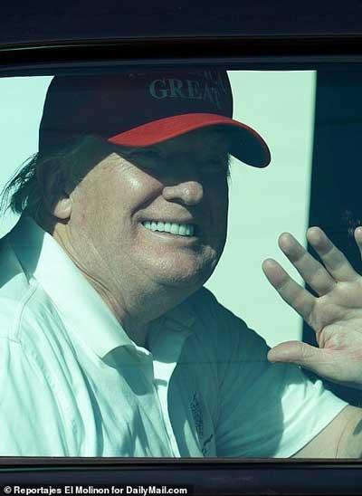 ترامپ در انظار عمومی ظاهر شد