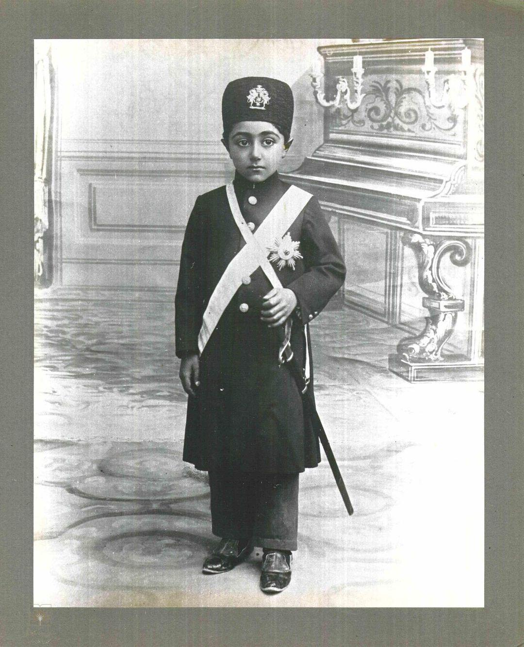 احمدشاه، آخرین پادشاه قاجار + عکس
