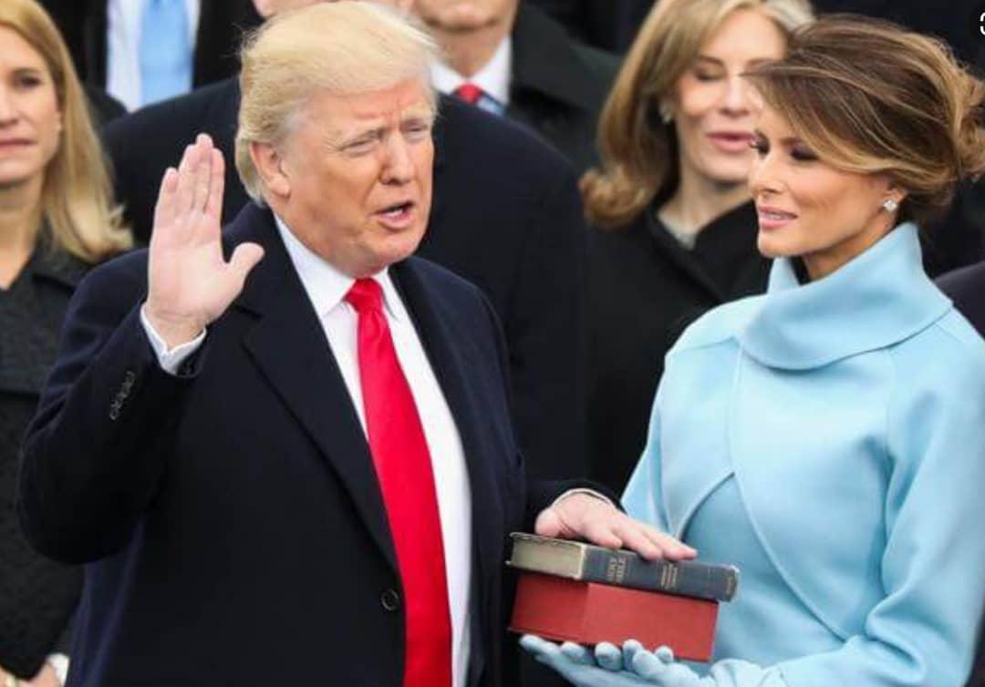ساخت مجسمه طلایی ترامپ در تقدیر از وی