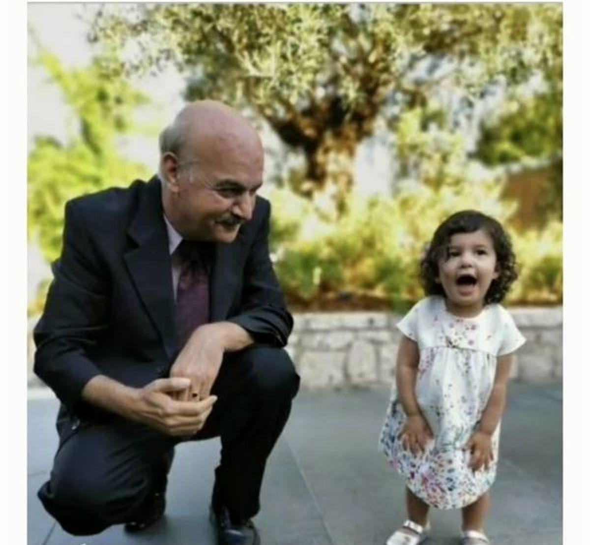 ایرج طهماسب در کنار نوه اش +عکس