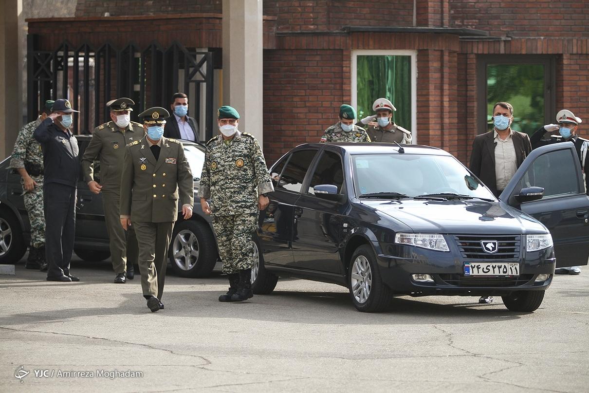 فرمانده ارتش چه خودرویی سوار می شود؟ +عکس