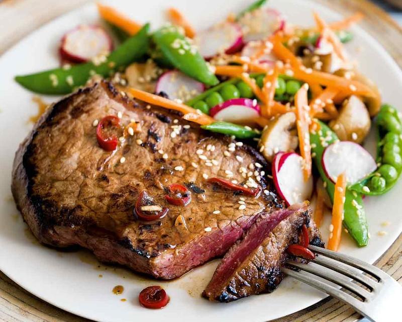 مصرف گوشت گاو چه بلایی سرتان می آورد
