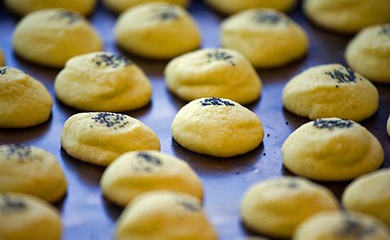 طرز تهیه شیرینی خانگی مخصوص عید نوروز