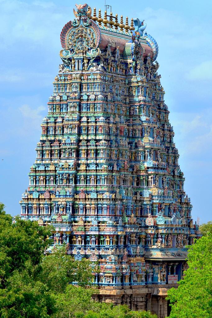 معبد عجیب میناکشی هند با مجسمه های شیطانی + عکس
